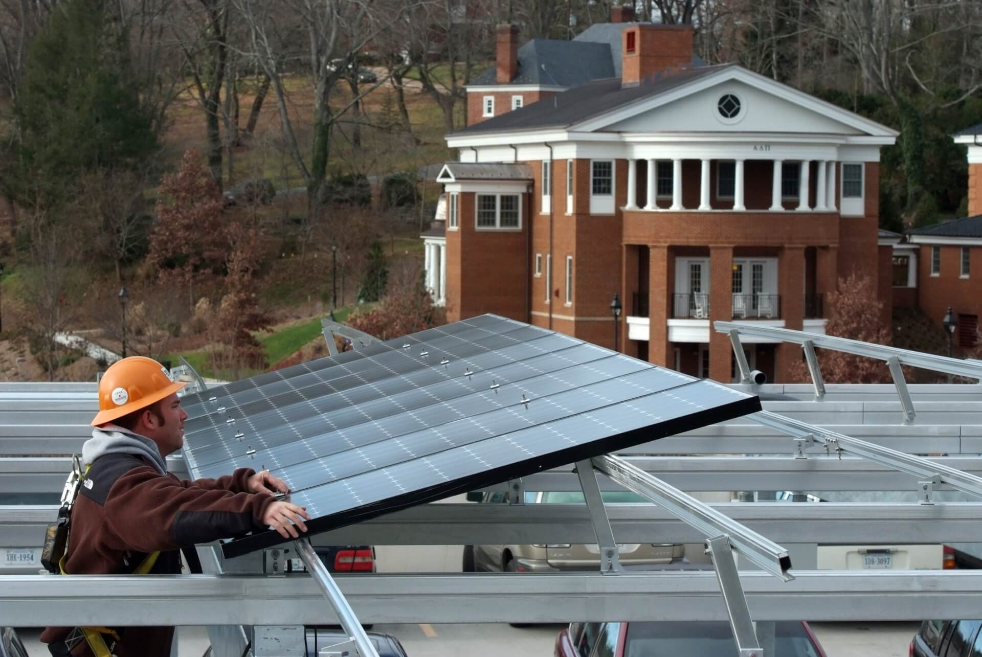 New Laws Clear Away Barriers To Small Solar Projects Virginia Mercury